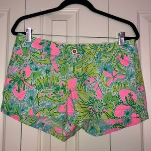 Lilly Pulitzer Walsh short, size 6